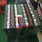 Chọn loại pin tốt nhất cho RV của bạn: AGM so với Lithium